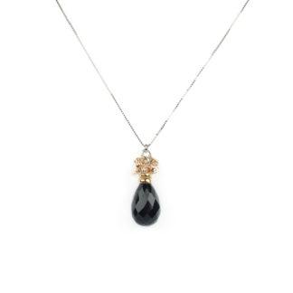 Collana con quarzo nero, veneziana in oro bianco tit 750 (18 kt)con pendente a goccia di quarzo nero sfaccettato e palline lavorazione slash in oro rosè
