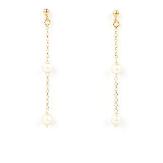 Orecchini pendenti perle e oro giallo; orecchini perno e farfallina pendenti in oro giallo tit 750 (18 kt) con perle di acqua dolce 5-5,5 mm