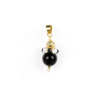 Ciondolo onice spinello nero in oro giallo tit 750 (18 kt) con sfera di onice, corona di perle e spinello nero,e sfera in oro giallo
