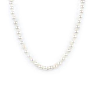 Collana girocollo di perle coltivate in acqua dolce, misura mm 6,5 - 7 con chiusura in oro giallo tit 750 (18 kt), infilata a mano con nodi ad ogni perla