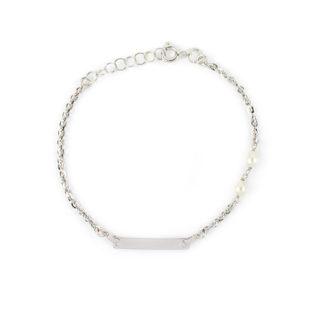 Bracciale battesimo oro perle, braccialetto in oro bianco 750 lucido con targhetta leggermente curva e con due perle coltivate acqua dolce