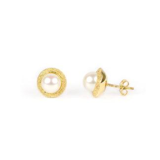 Orecchini perla oro giallo, orecchini perno e farfallina in oro giallo tit 750 (18 kt) con perla coltivata acqua dolce su montatura puntinata in oro giallo